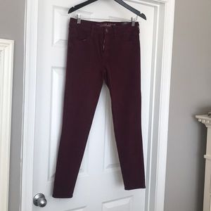 American eagle maroon jeans new with tags